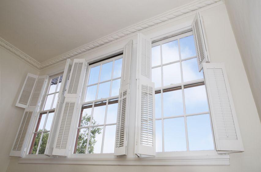 windows wood shutters